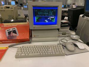 Работающий компьютер Apple II GS