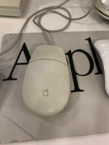 Винтажная мышка Apple Computer