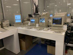 Большое число компьютеров Apple прошлого столетия