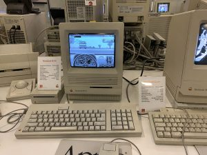 ЭВМ от Apple Macintosh SE30